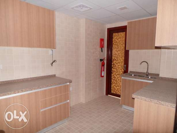 1 BHK & 2 BHK Apartments with 1 Month Rent Free Grace مسقط -  4