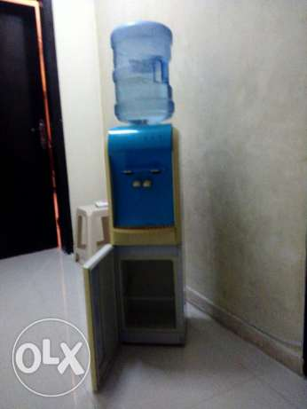 Micro oven and water cooler for immediate sale مسقط -  4
