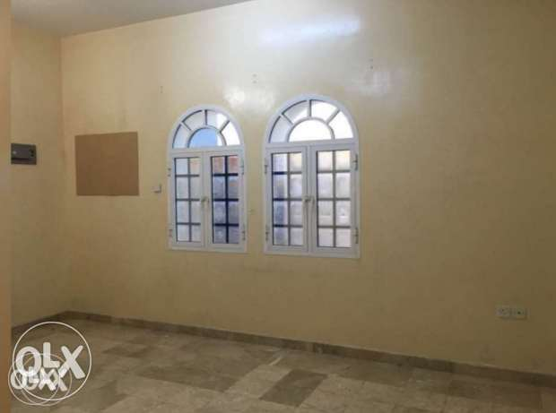 flat for rent second floor close al khood souq