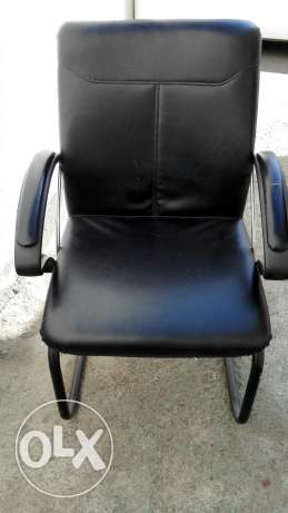 Office chair مسقط -  1