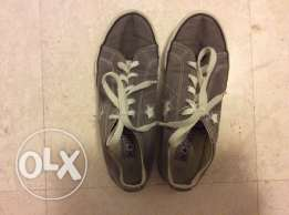 Converse shoes size US 3. UK 2.5. Eur 35