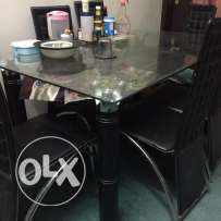Dinning Table for Sale (Good/Decent looking)