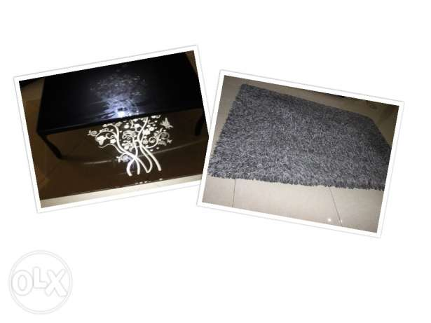 Centre table & Carpet for sale ( together or separately) مسقط -  1
