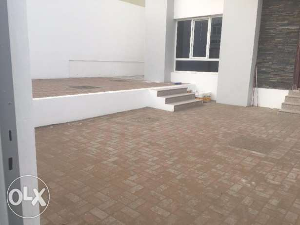 brand new villa for rent in boshar behind muscat private hospital. بوشر -  1