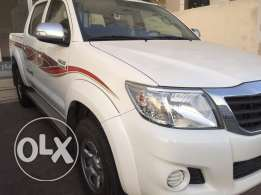 Toyota hilux 2015 4wheel,no.1, 15000 kmr manual gear ,bahwan agency