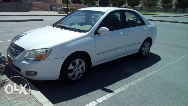 Cerato 2007 manual gear 1.6 well maintained is excellent condition. مسقط -  4