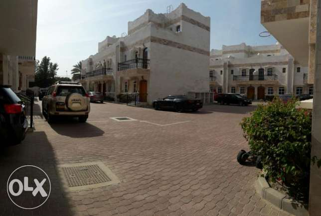 KK 411 Villa 3 BHK in South Mawaleh for Rent مسقط -  1