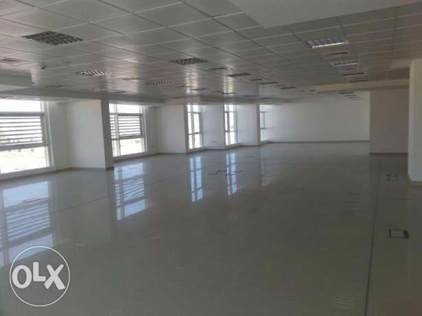 Brand new office space for rent in ghala مسقط -  1