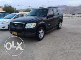 Ford Explorer - 2006 model - black color
