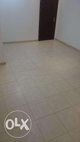 Azeba Room with private bathroom compound close to the sea code k.b8 مسقط -  3