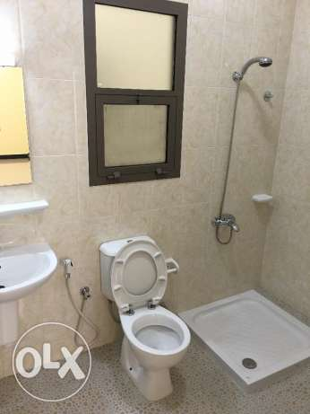 new flat for rent in ghala in a good location with big area 140 مسقط -  7