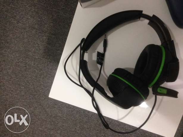 Xbox One and Pc Headset(Trustmaster) مسقط -  1