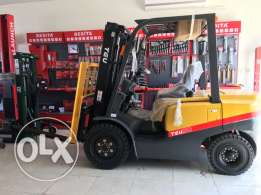 3 Ton TEU Forklift with 18 Months Free Service And warranty