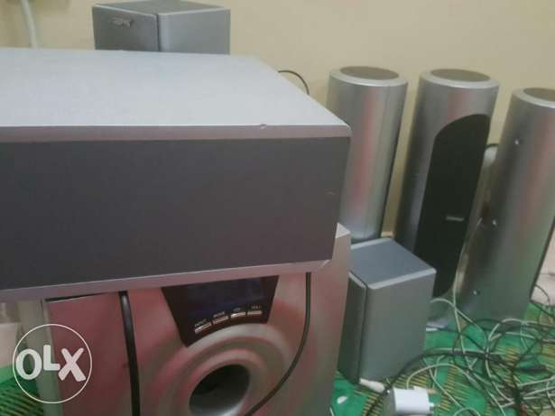 In good Oreginal speakers in good condition for sale