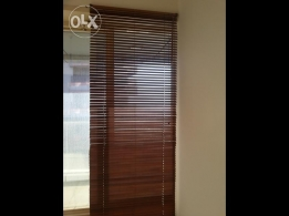 Ikea wooden blind - light use and low price - opportunity