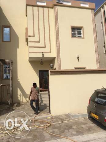 3 bed room villa for rent in khod 7 for 400 Ro