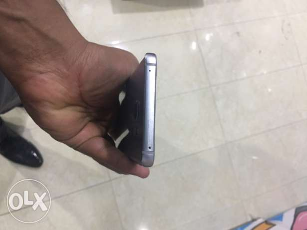 Samsung Note 5 32GB Silver with box handsfree charger and warranty السيب -  2