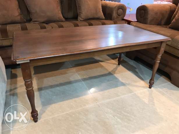 Center table with 2 side table
