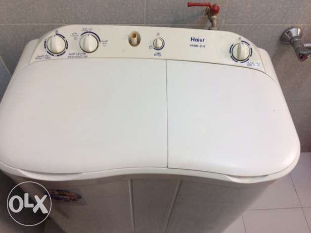 Washing machine ( semi automatic)