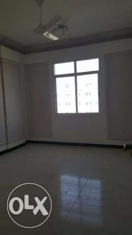 flat for rent in al khouweir 42 3 bhk بوشر -  7