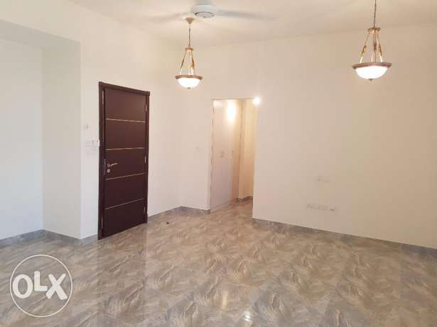 5BHK Villa for Rent in Ghala 5 Bedrooms, 5 Bathrooms, Hall, Sitting Ro السيب -  5