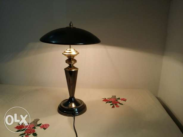 Table lamp for immediate sale بوشر -  4