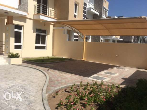 Zia Al khoud 5BR Private vilas for sale مسقط -  1