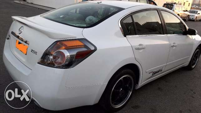 Nissan Altima 2.5 petrol very good condition (expat owned) مسقط -  4