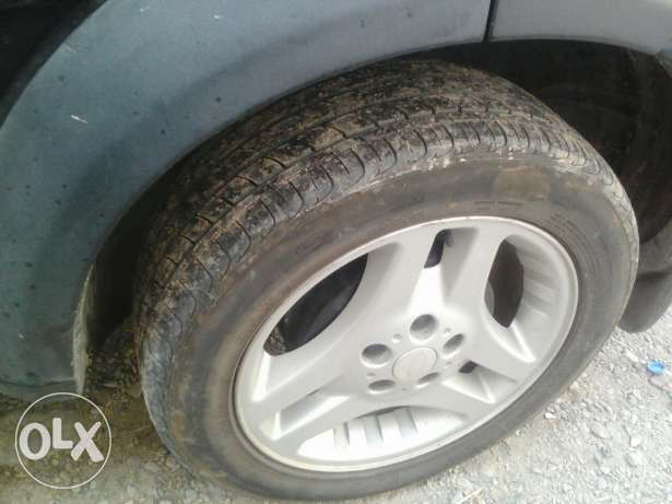 5 tires with rim مسقط -  4
