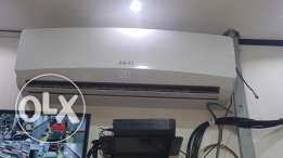 Akai 2 ton split ac new just 145 r.o made in japan