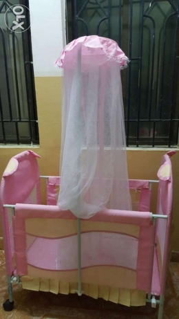 baby cot for sale السيب -  3