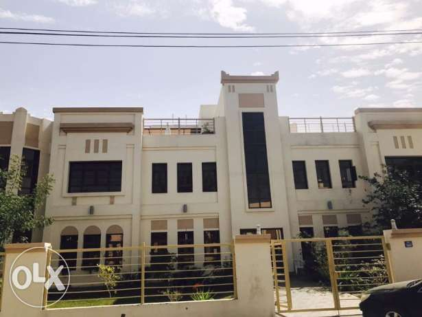 Deluxe 2 bhk Appartment For Rent in Quram + Basement Parking+Gym