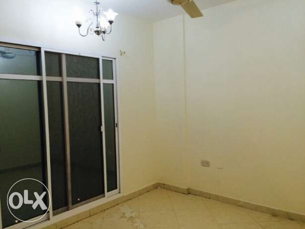 2BHK flat in bausher Very close to Bank Muscat