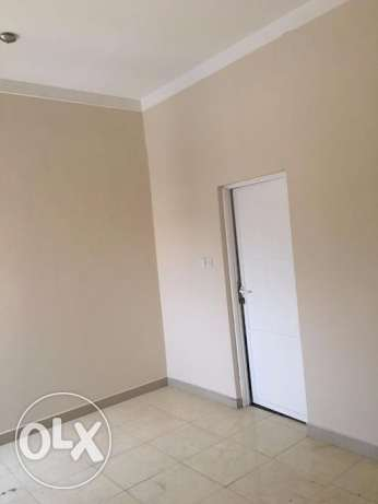 3 BHK for rent in alkhawir 17/1 3 bedrooms Hall Big kitche مسقط -  1