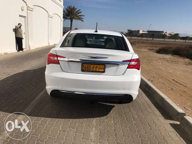 Chrysler 2013 C200 under warranty low mileage مسقط -  2