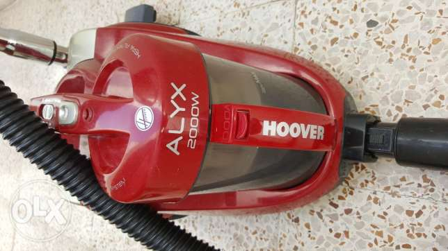 HOOVER 2000w vacuum cleaner for sale