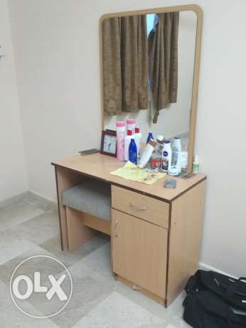 Wardrobe 4 door & dressing table& king size bed for sale at wadikabir