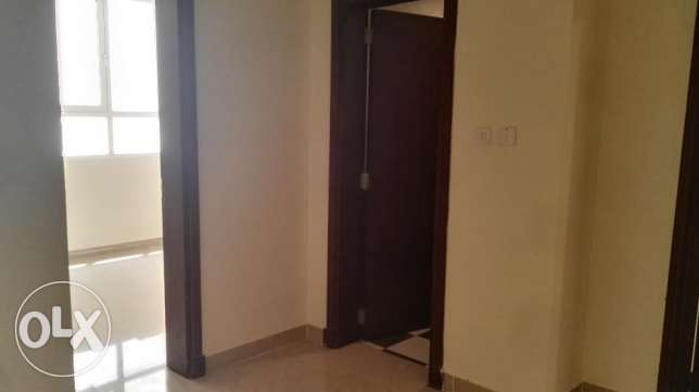2 BHK Apartment with balcony opposite Panorama Mall مسقط -  4