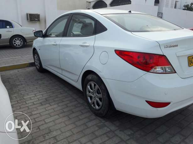 2013 accent 1.6 full automatic Oman agency ...like new بوشر -  4