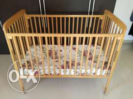 baby cot & feeding chair