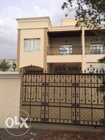 villa for rent in al mawaleh south behind alsultan