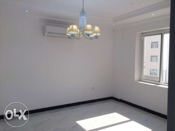 Nice 2BHK Apartment in Ansab ‏Maintenance team available ‏Open Plan l مسقط -  2