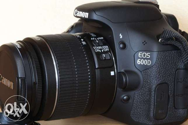 Canon 600D Camera,18-135 lens & Bag