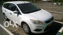 Ford Focus station wagon 2011 full automatic expat used in clean