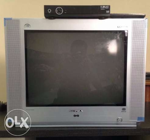 Tv and Receiver with Remote in good condition