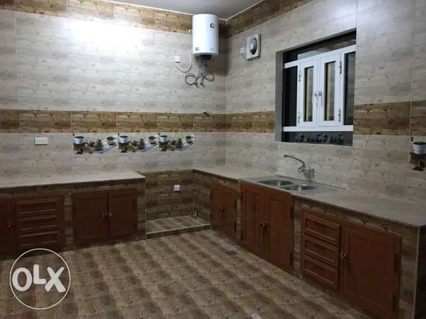 KP 858 Villa 5 BHK in Mawaleh South for Rent مسقط -  7