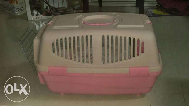 Cat cage with almost more than half packet Free litter and litter box