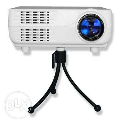 New lcd projector with tripode