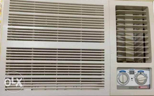 air conditioner like new AC مسقط -  2
