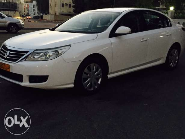 2012 Renault Safrane Expat used in excellent condition service history مسقط -  4